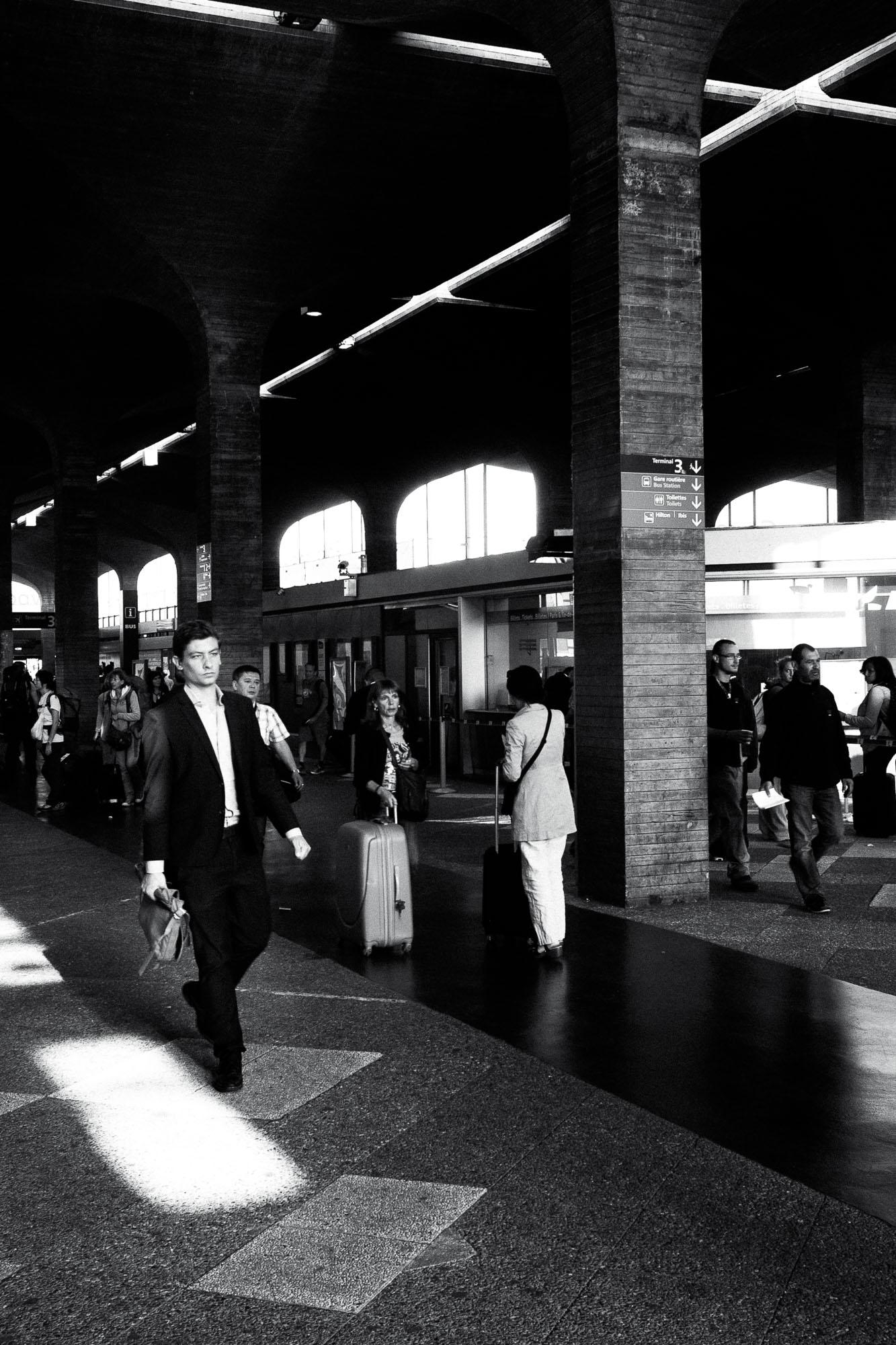 Sven-Michael---S-2013--8-[waiting-for-the-train]---©-Sven-Michael-Golimowski.jpg
